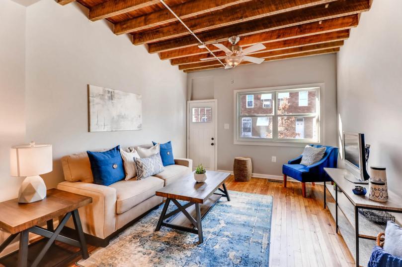 317 S Lehigh St Baltimore MD-large-006-5-Living Room-1500x1000-72dpi